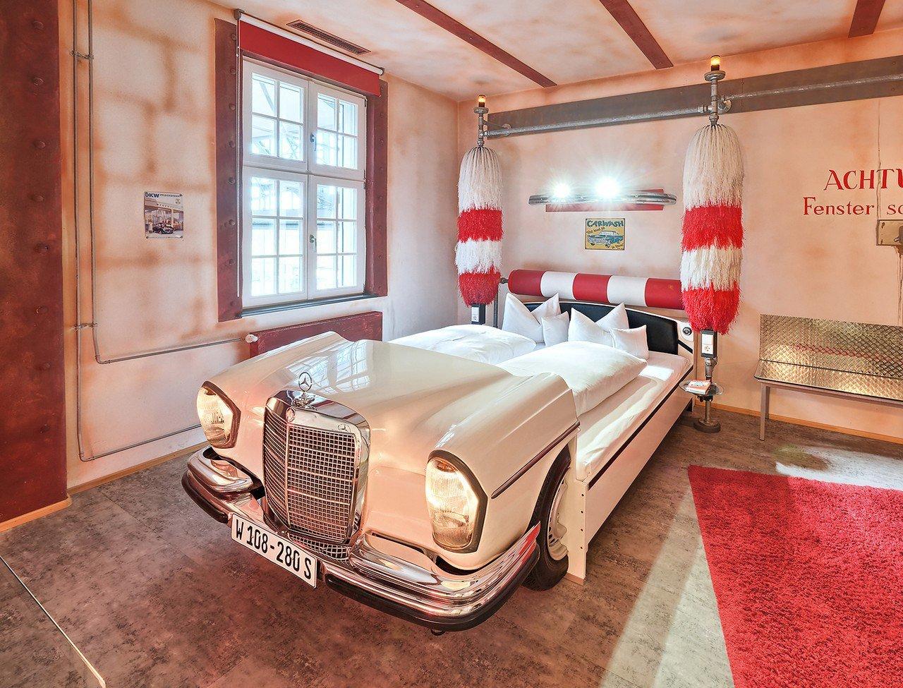 Hotel Motorworld Region Stuttgart— Германия, Бёблинген