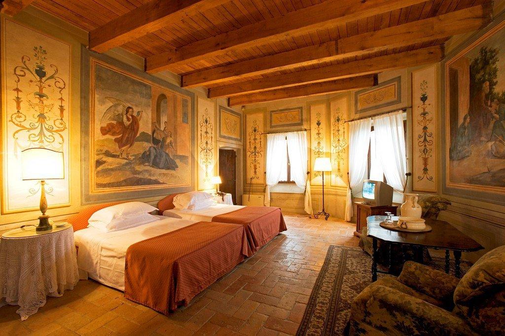 Palazzo Viviani Castello Montegridolfo— Италия, Римини